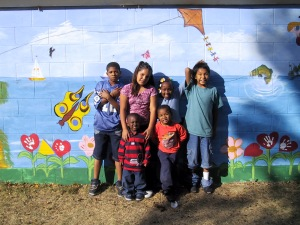 Hope - kids in front of mural